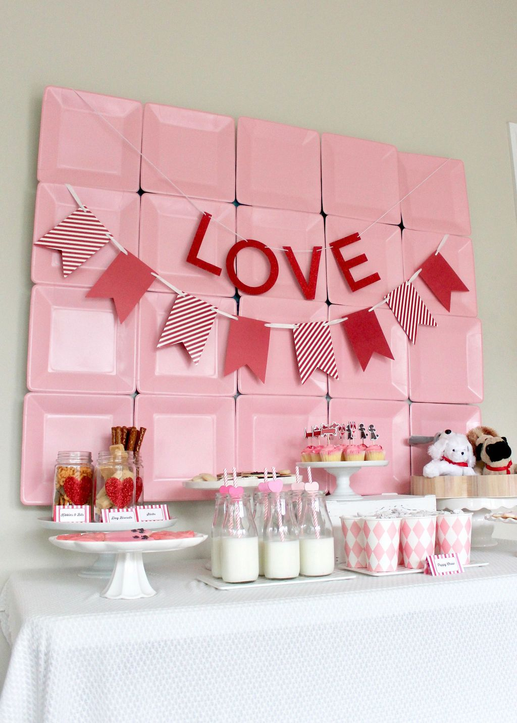 Stunning Valentine Theme Party With A Romantic Feel 21