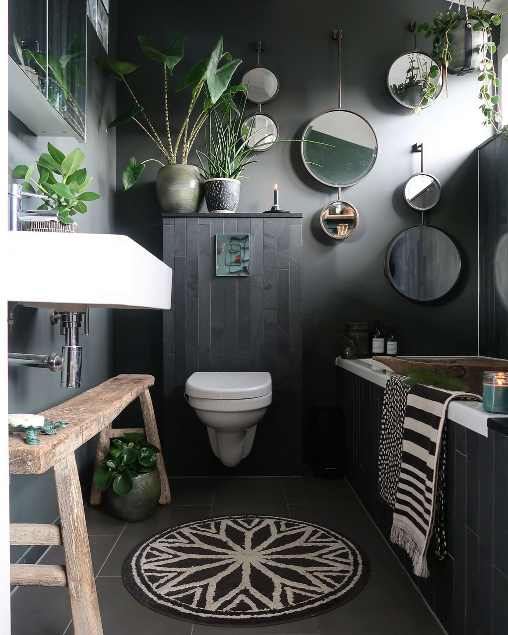 The Best Jungle Bathroom Decor Ideas To Get A Natural Impression 04