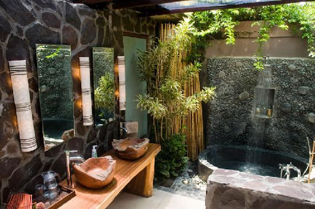 The Best Jungle Bathroom Decor Ideas To Get A Natural Impression 13