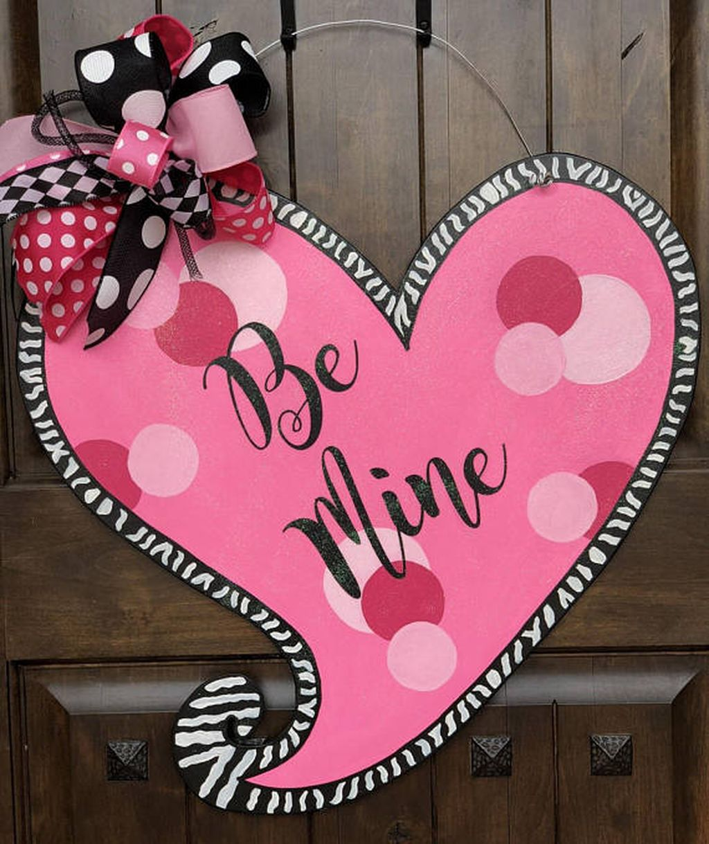 The Best Valentine Door Decorations 15