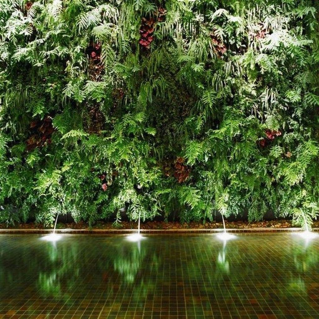 Beautiful Living Wall Indoor Decoration Ideas To Be A Fresh Home 04