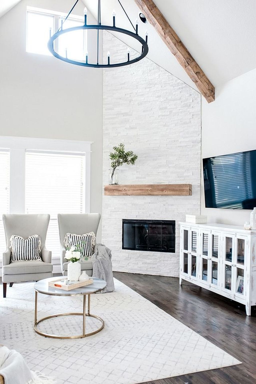 Stunning Corner Fireplace Design For Living Room 02