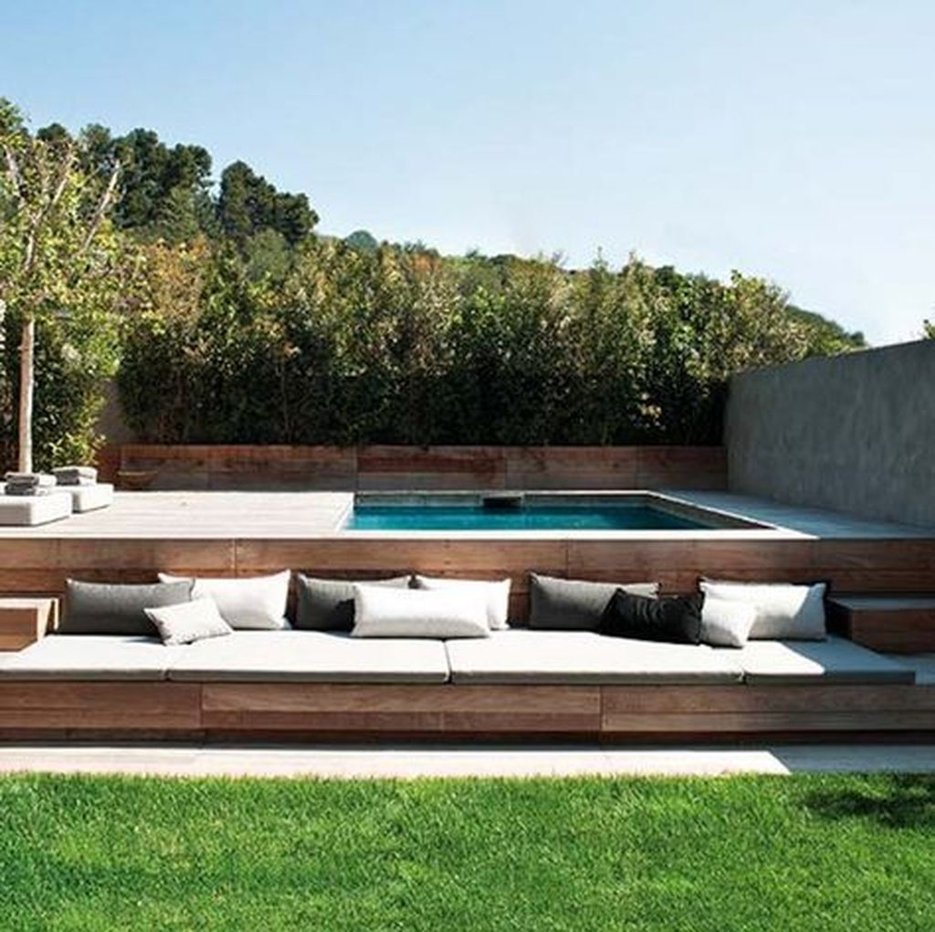 Totally Difference Pool Seating Ideas To Beautify Your Backyard 21