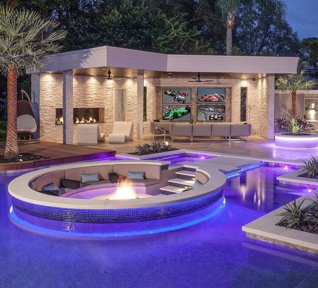 Totally Difference Pool Seating Ideas To Beautify Your Backyard 24
