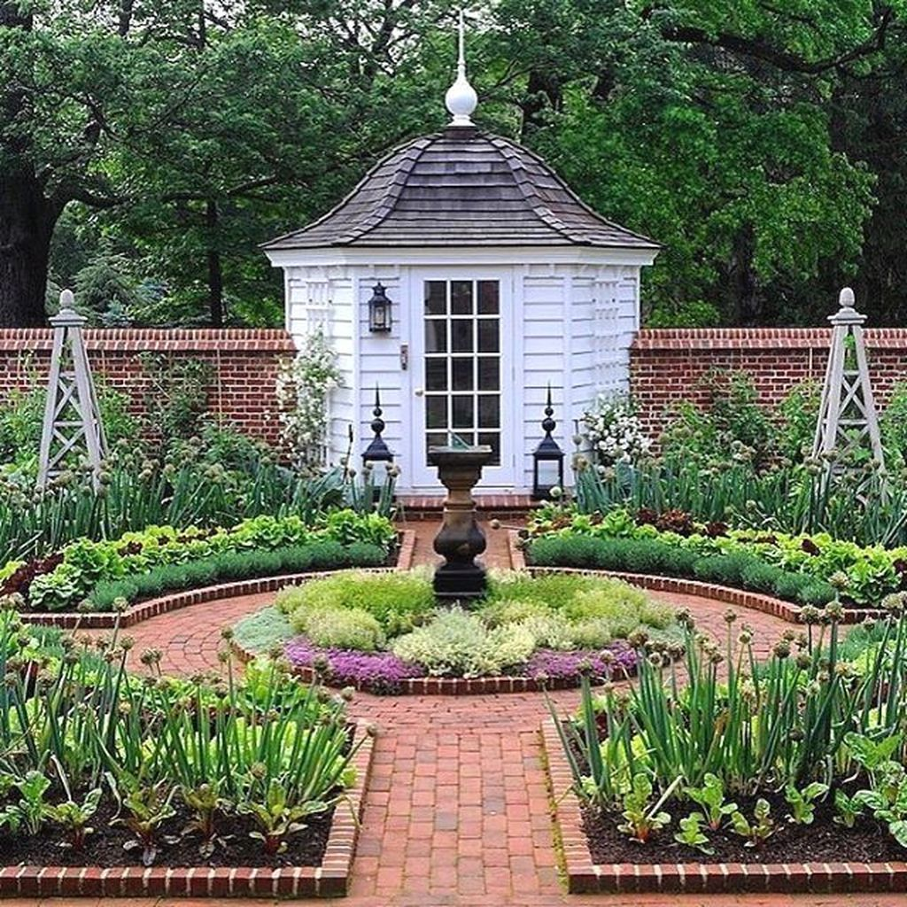Beautiful Garden Design Ideas That You Should Try Now 06