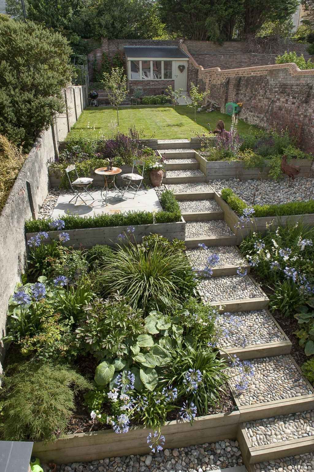 Beautiful Garden Design Ideas That You Should Try Now 26