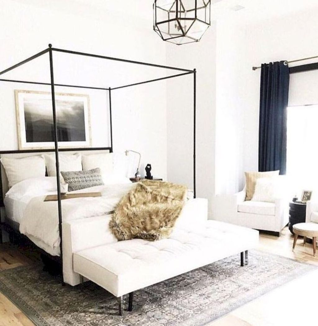 Fabulous White Bedroom Ideas To Make Your Sleep Comfortable 02