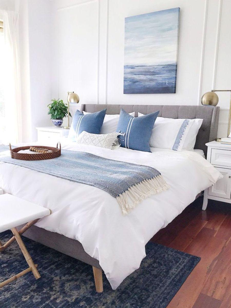 Fabulous White Bedroom Ideas To Make Your Sleep Comfortable 11