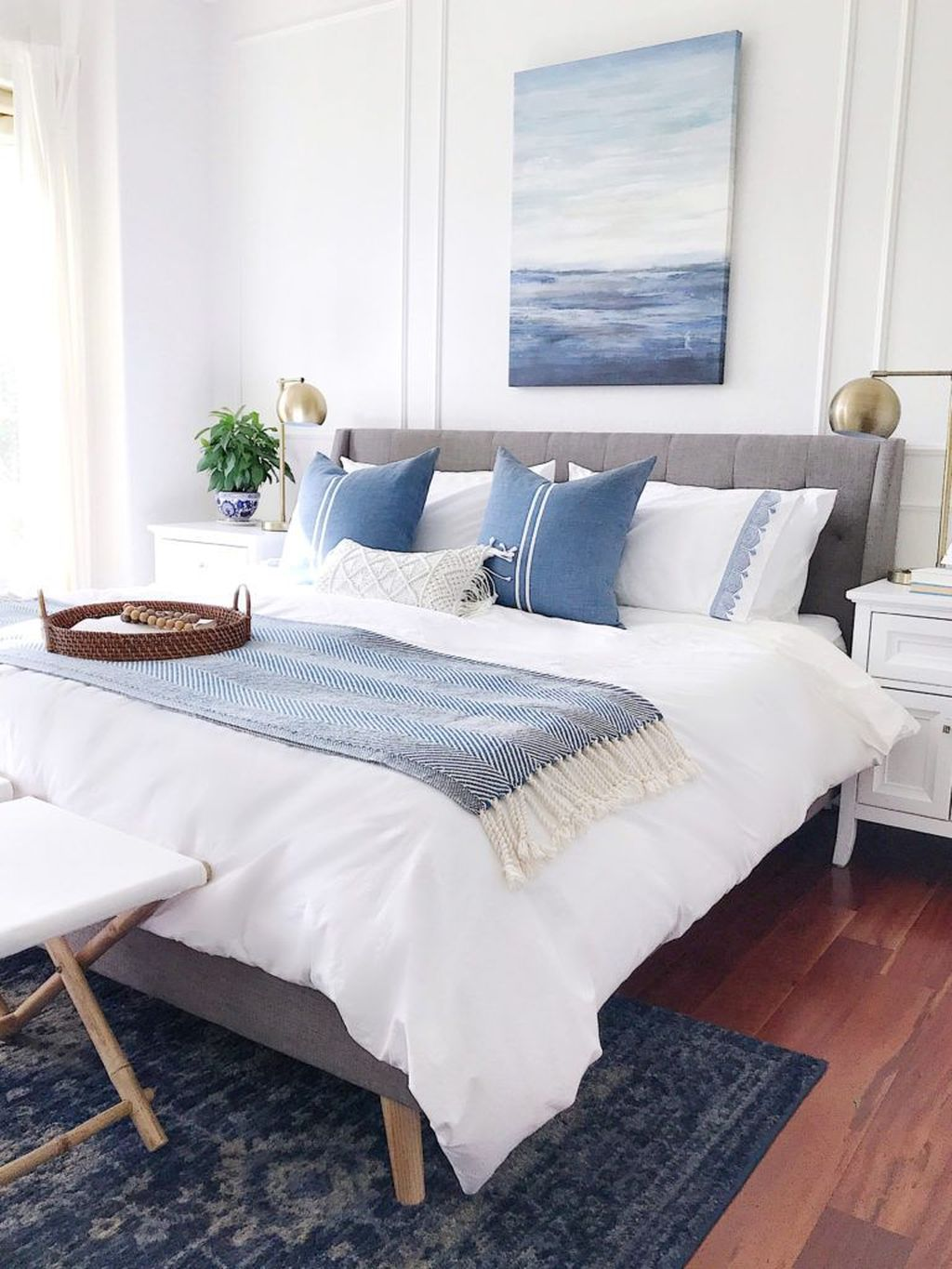 Fabulous White Bedroom Ideas To Make Your Sleep Comfortable 11