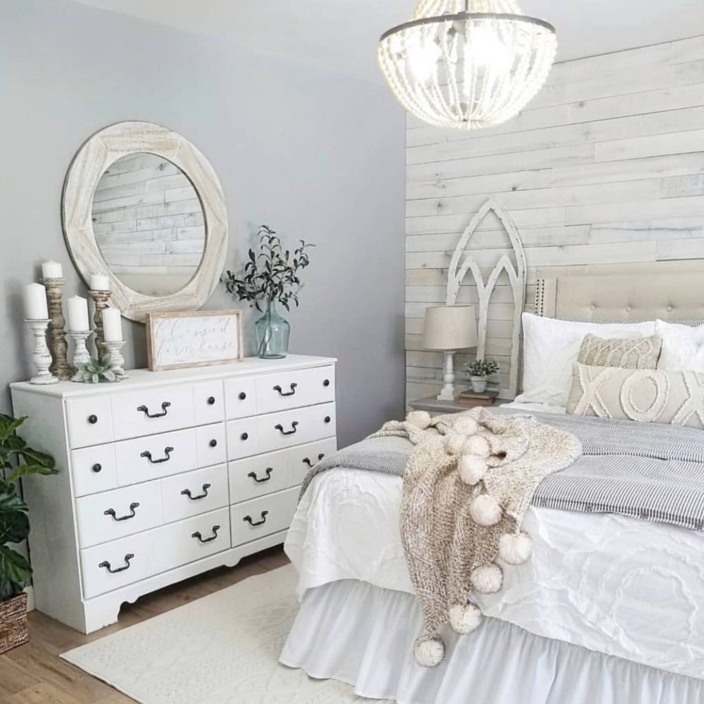 Fabulous White Bedroom Ideas To Make Your Sleep Comfortable 14
