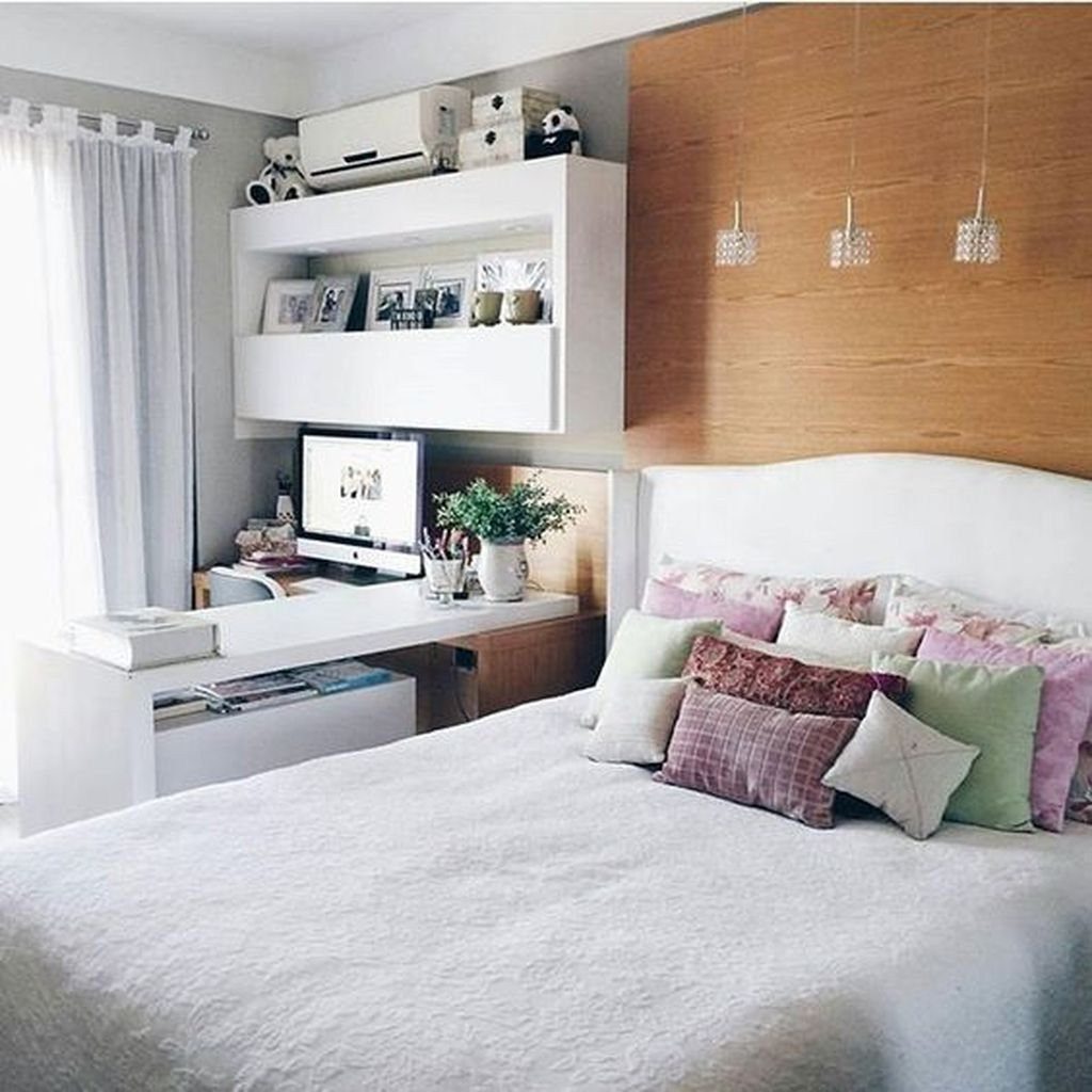 Fabulous White Bedroom Ideas To Make Your Sleep Comfortable 17