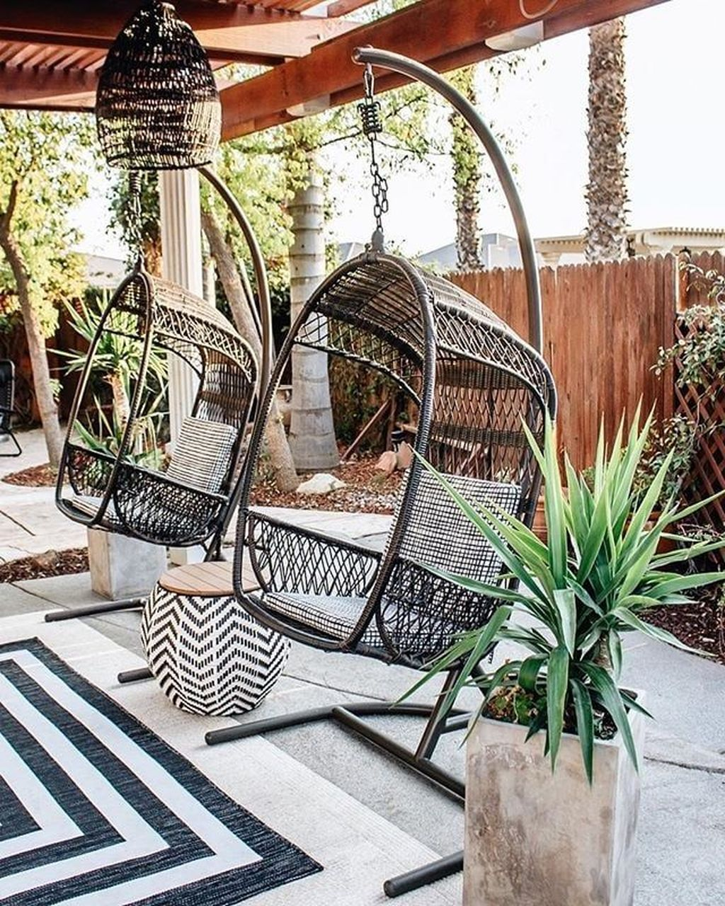Gorgeous Outdoor Chairs Design Ideas 01