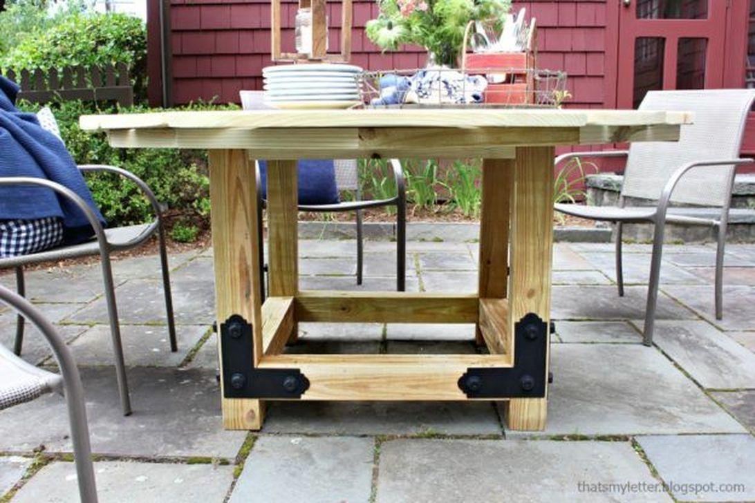 Inspiring Outdoor Dining Table Design Ideas 22