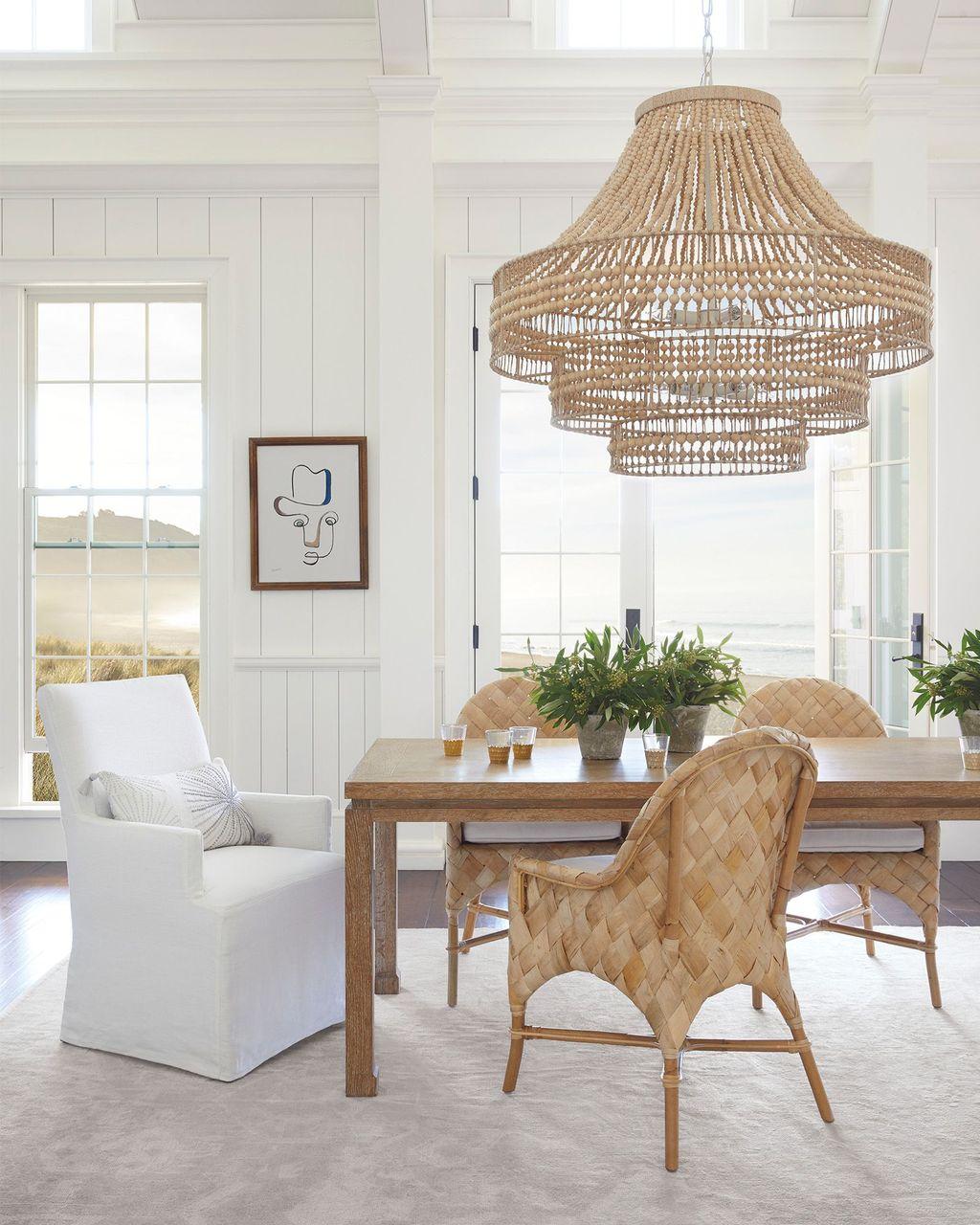 Inspiring Romantic Dining Table Decor Ideas 04