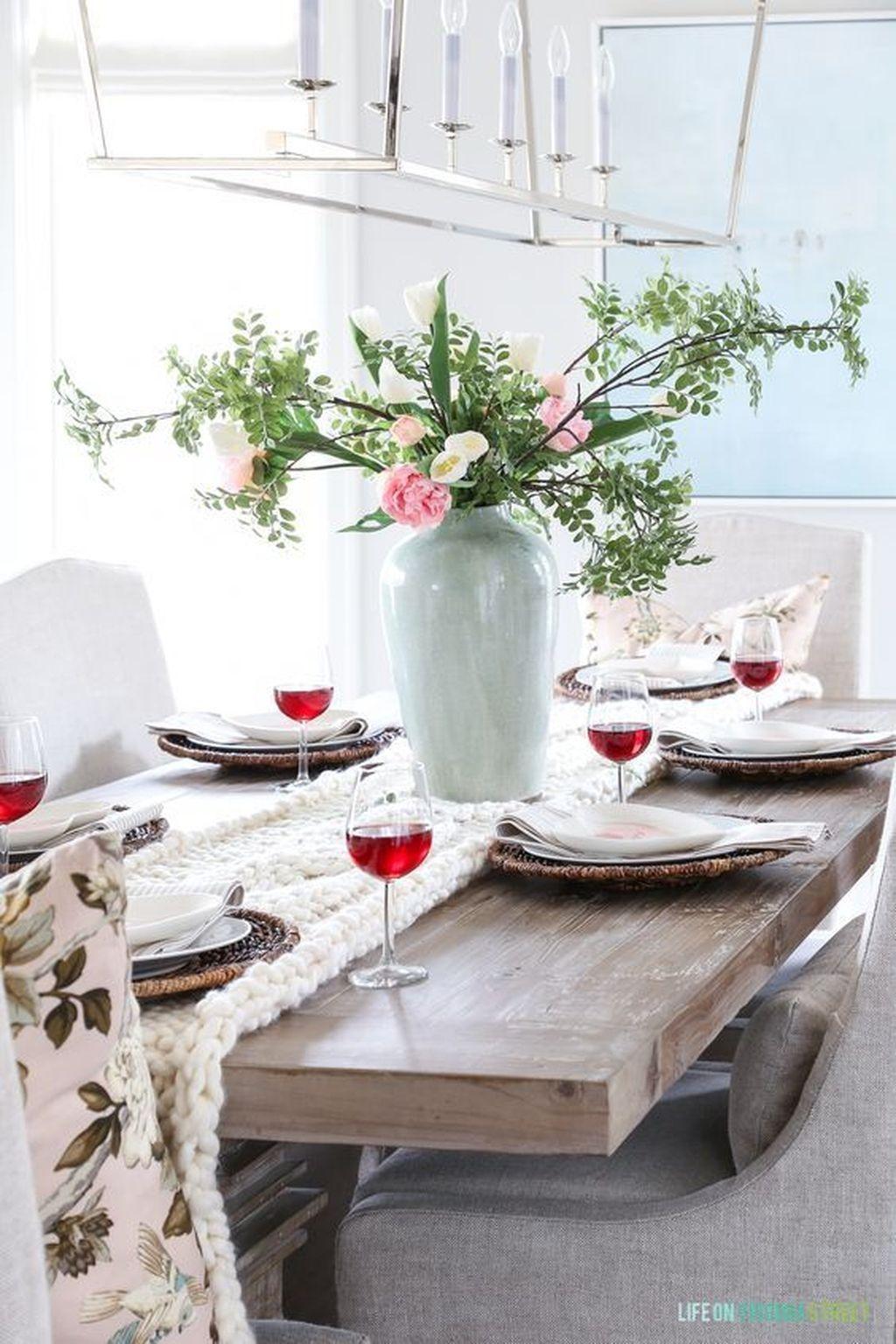 Inspiring Romantic Dining Table Decor Ideas 15