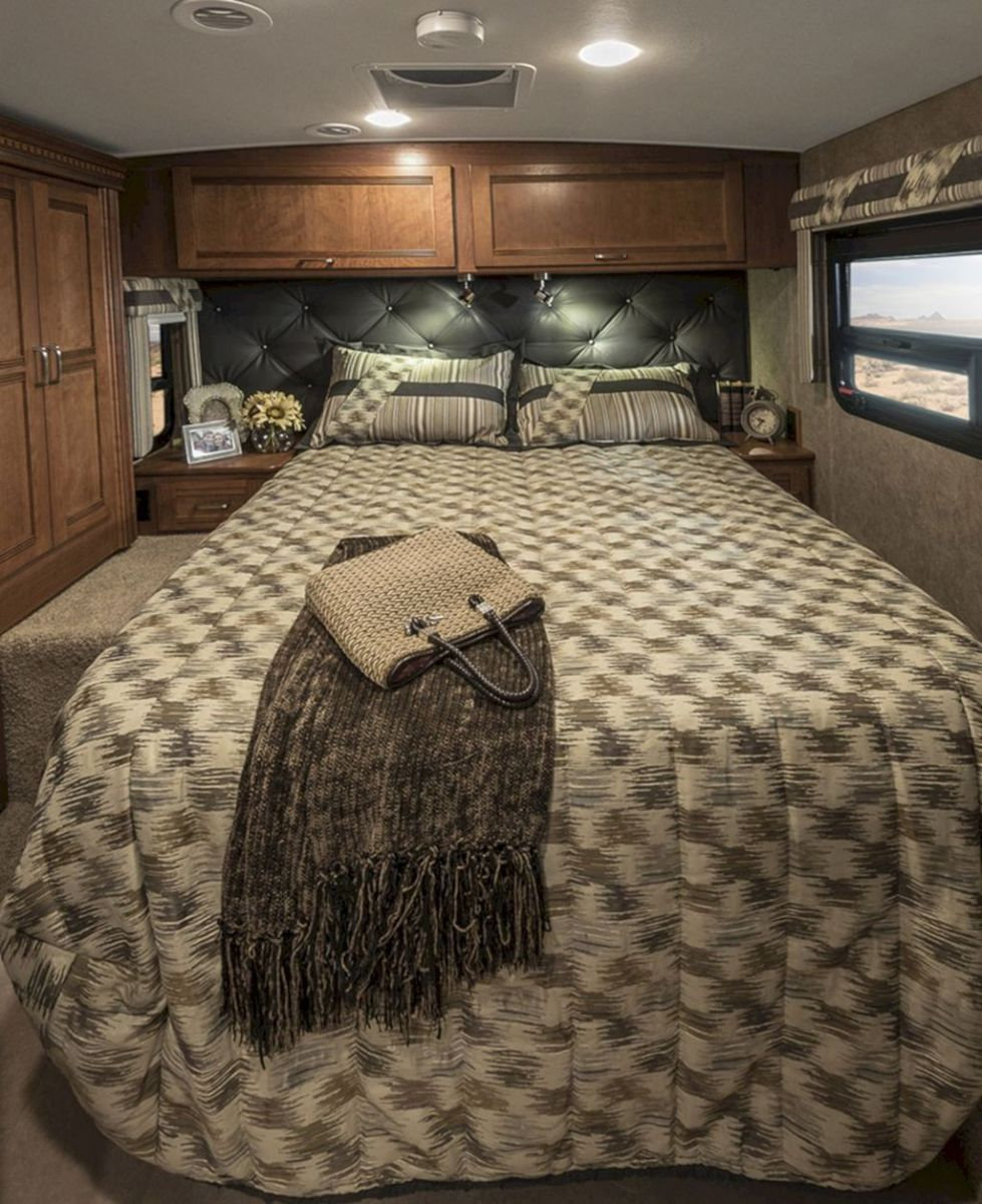 Nice RV Bedroom Ideas That Will Inspire You 16