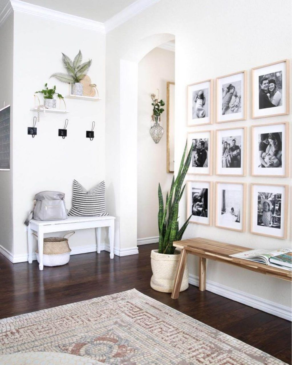 Popular Entryway Decor Ideas You Should Copy Now 09