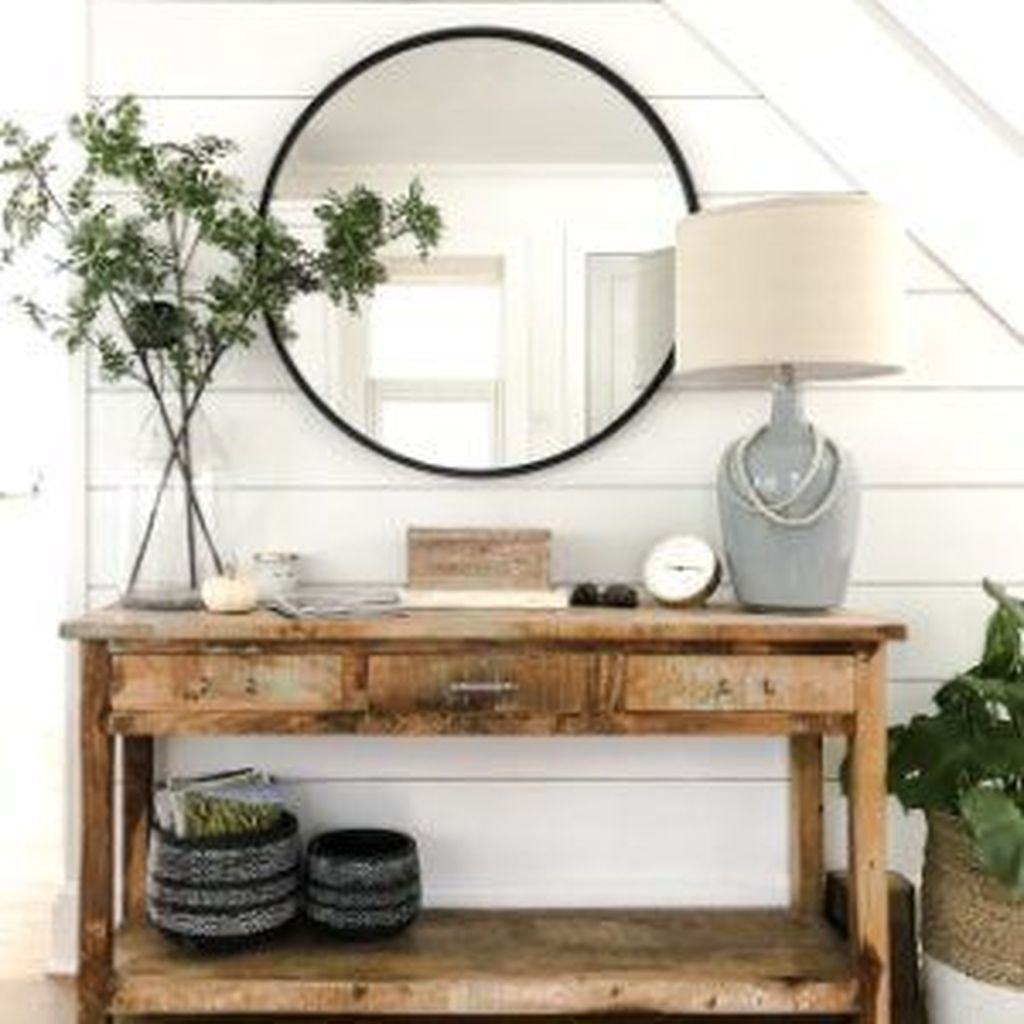 Popular Entryway Decor Ideas You Should Copy Now 24