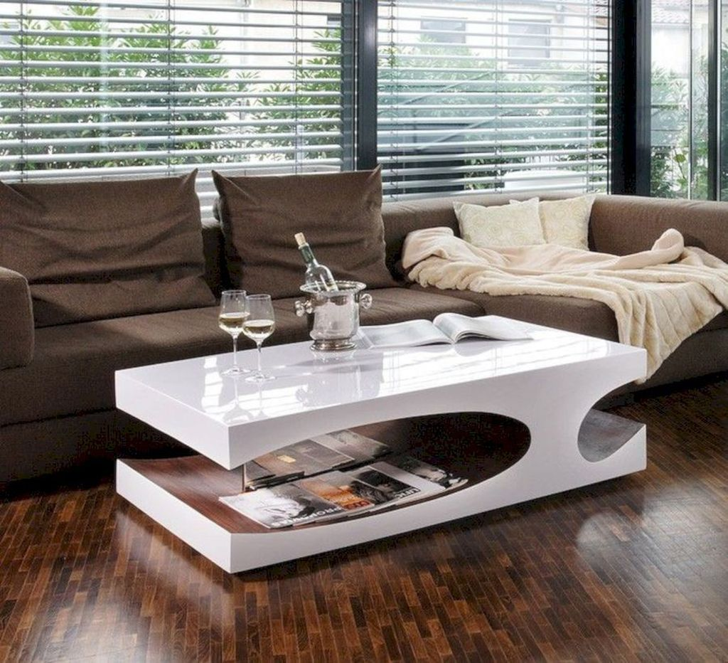 Stunning Coffee Table Design Ideas To Decorate Your Living Room 04