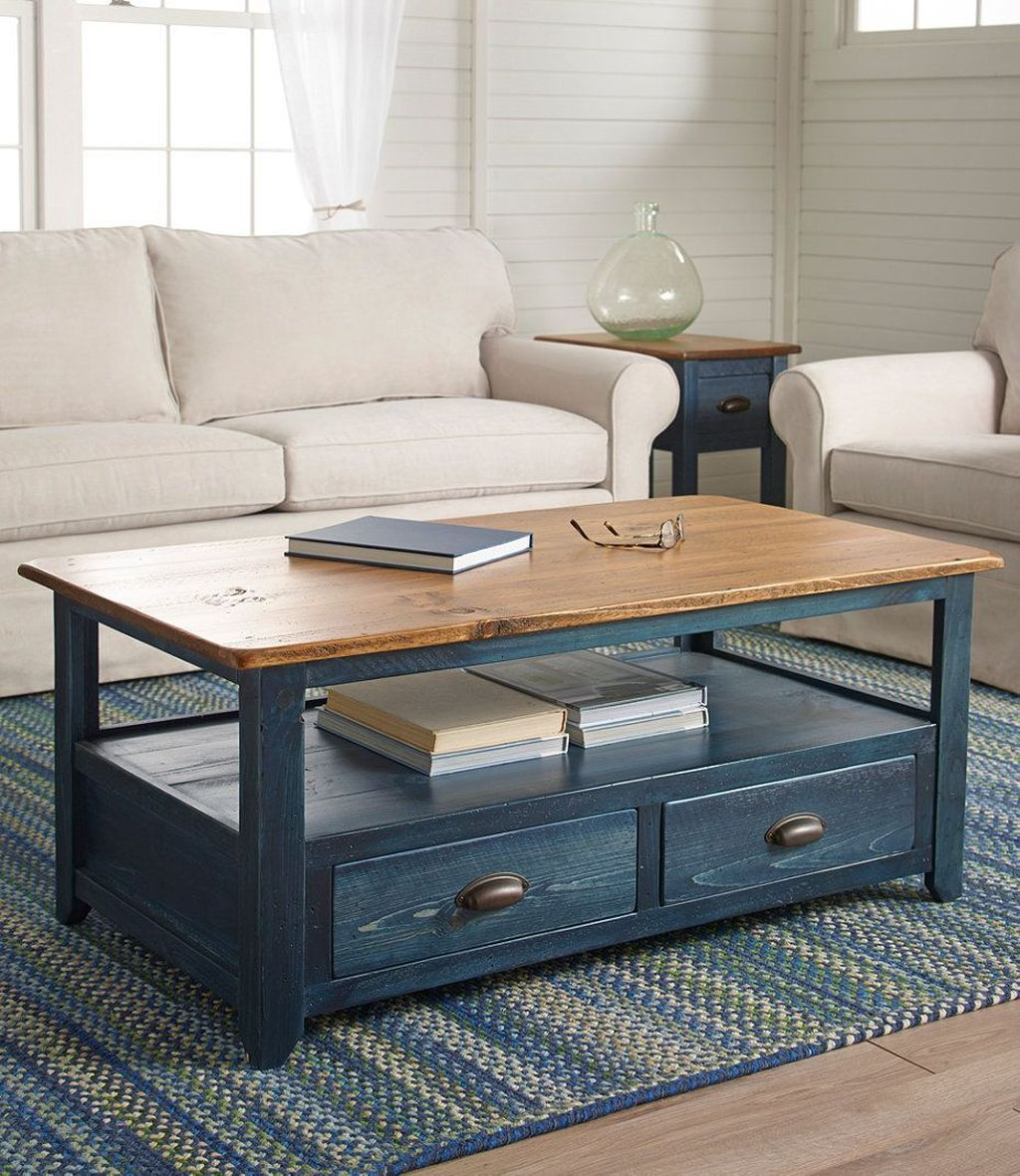 Stunning Coffee Table Design Ideas To Decorate Your Living Room 29