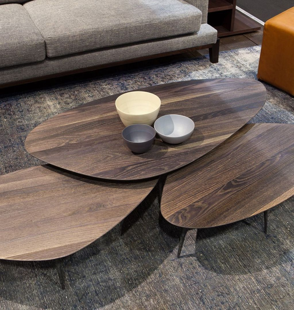 Stunning Coffee Table Design Ideas To Decorate Your Living Room 36