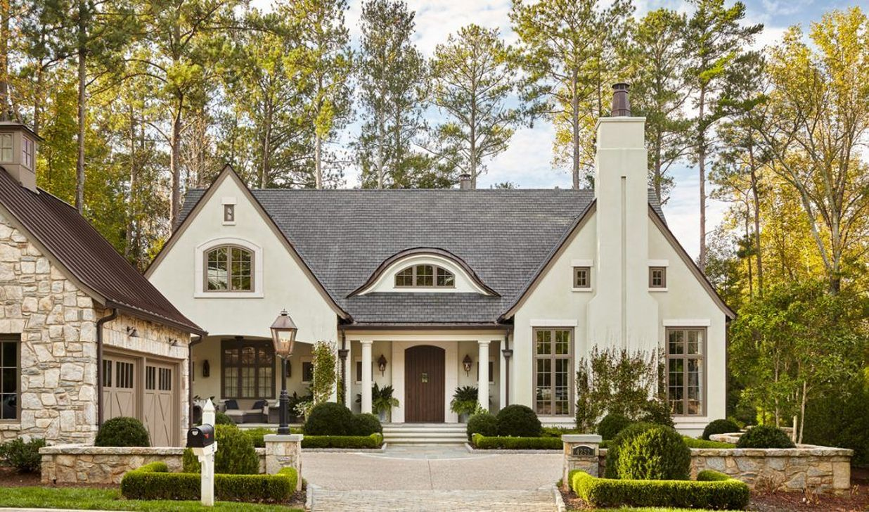 The Best European House Exterior Design Ideas 11