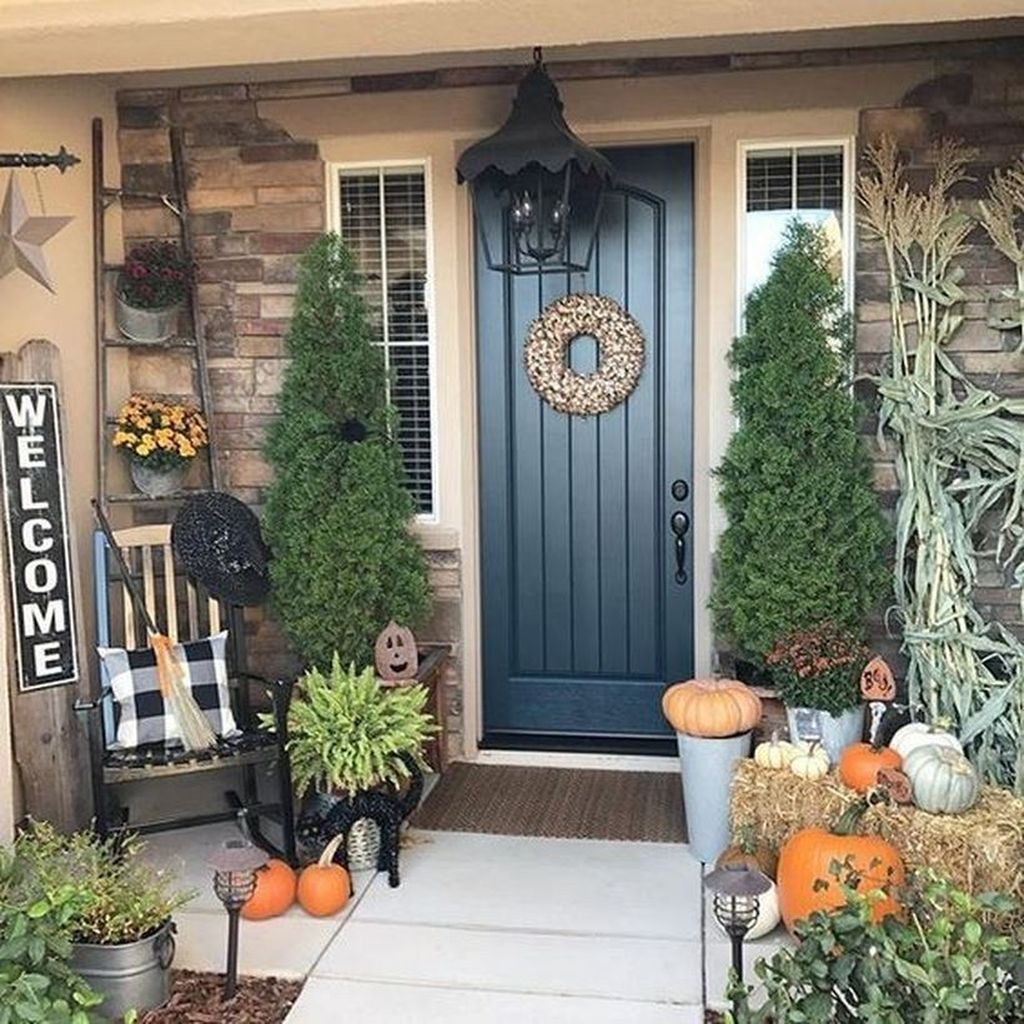 The Best Small Front Porch Ideas To Beautify Your Home 08
