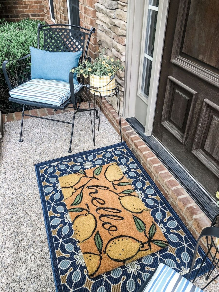 The Best Small Front Porch Ideas To Beautify Your Home 17