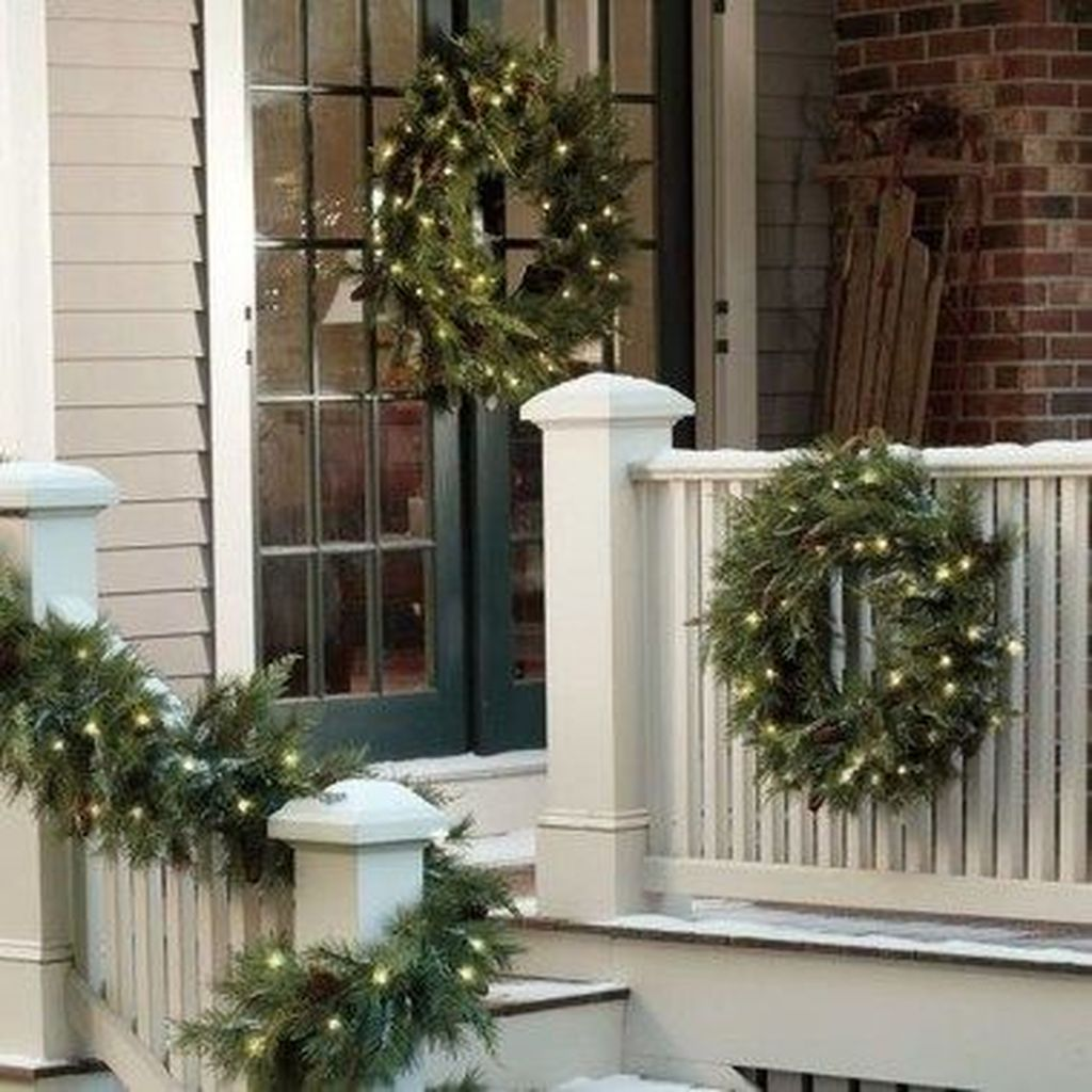 The Best Small Front Porch Ideas To Beautify Your Home 19