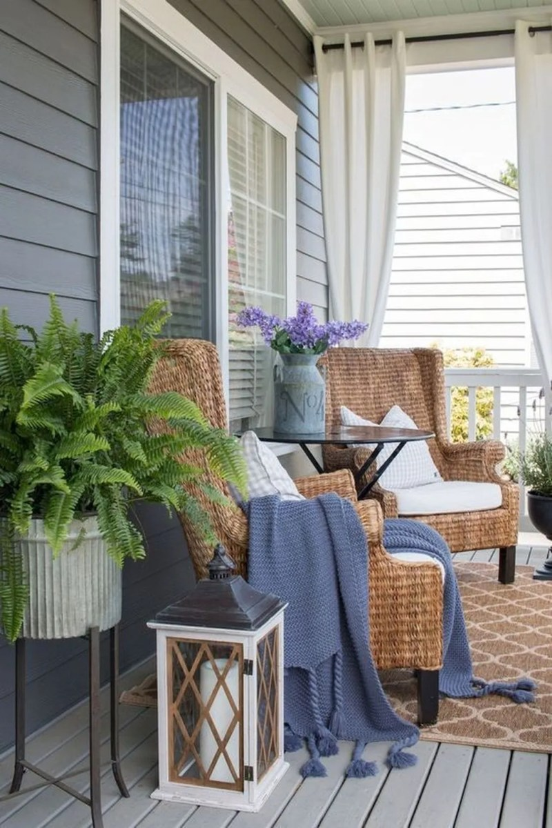 The Best Small Front Porch Ideas To Beautify Your Home 30