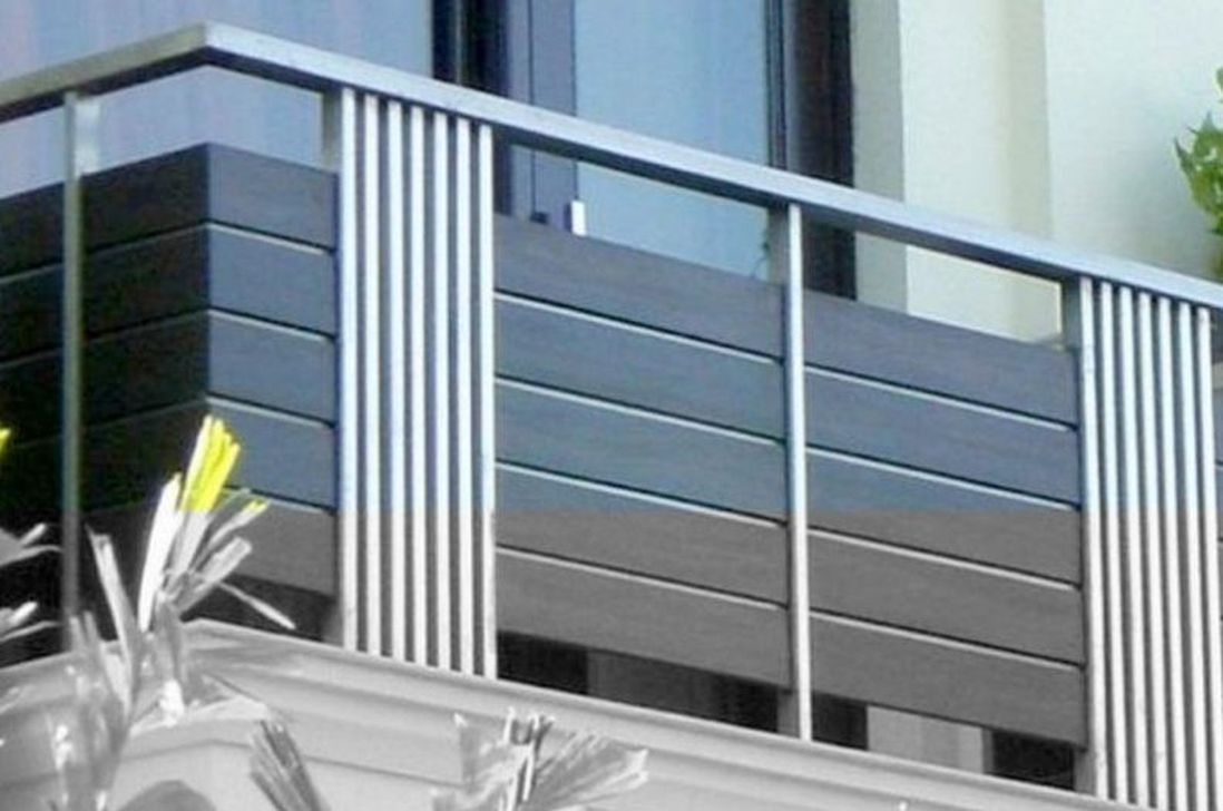 Awesome Balcony Railing Design Ideas To Beautify Your Exterior 23