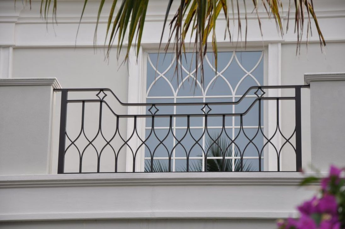 Awesome Balcony Railing Design Ideas To Beautify Your Exterior 27