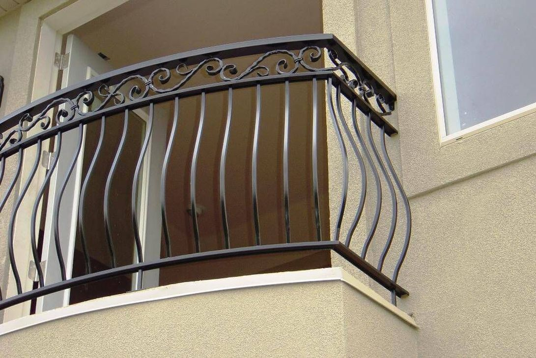 Awesome Balcony Railing Design Ideas To Beautify Your Exterior 28
