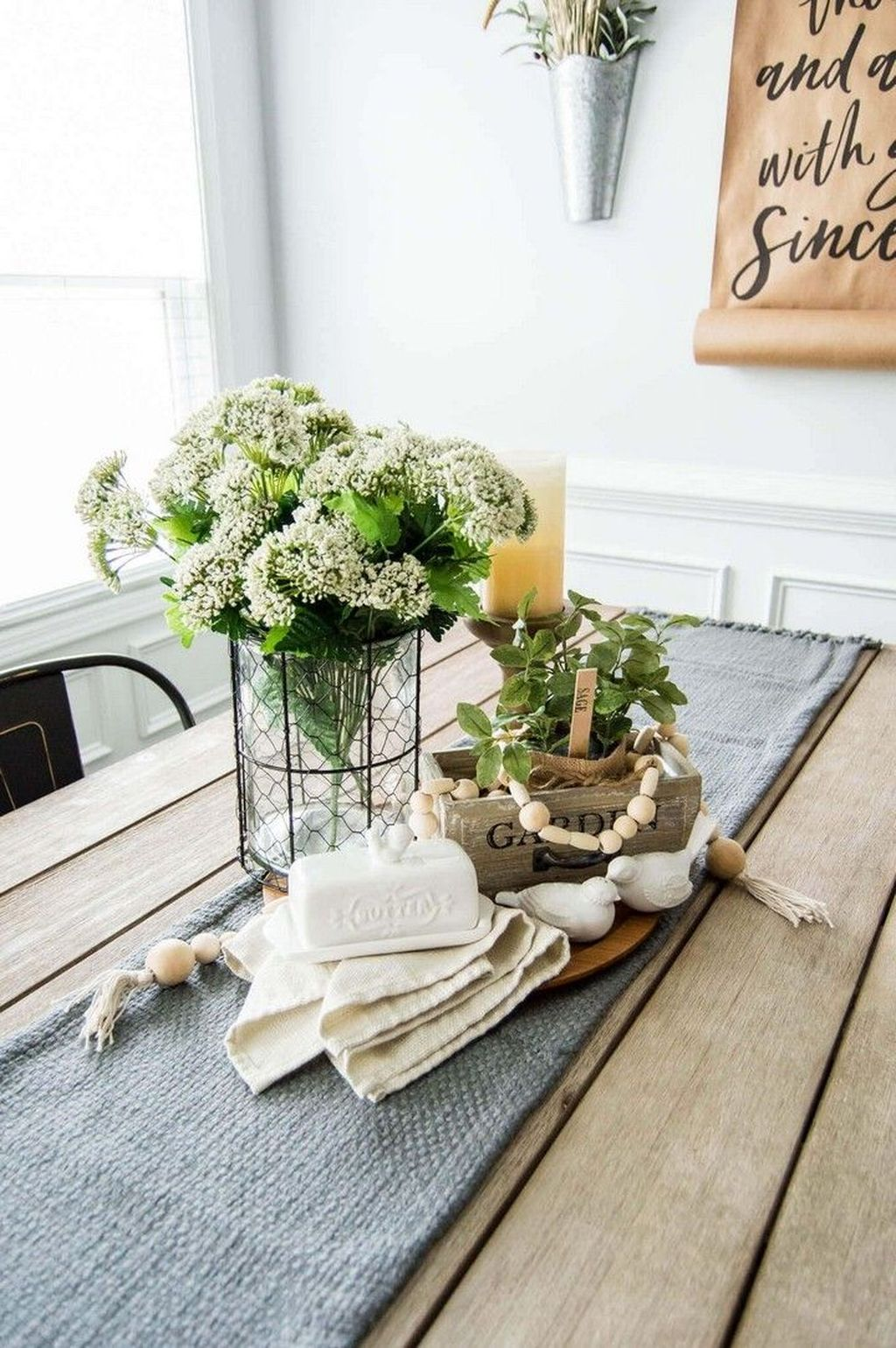 Awesome Spring Table Centerpieces With Farmhouse Style 07