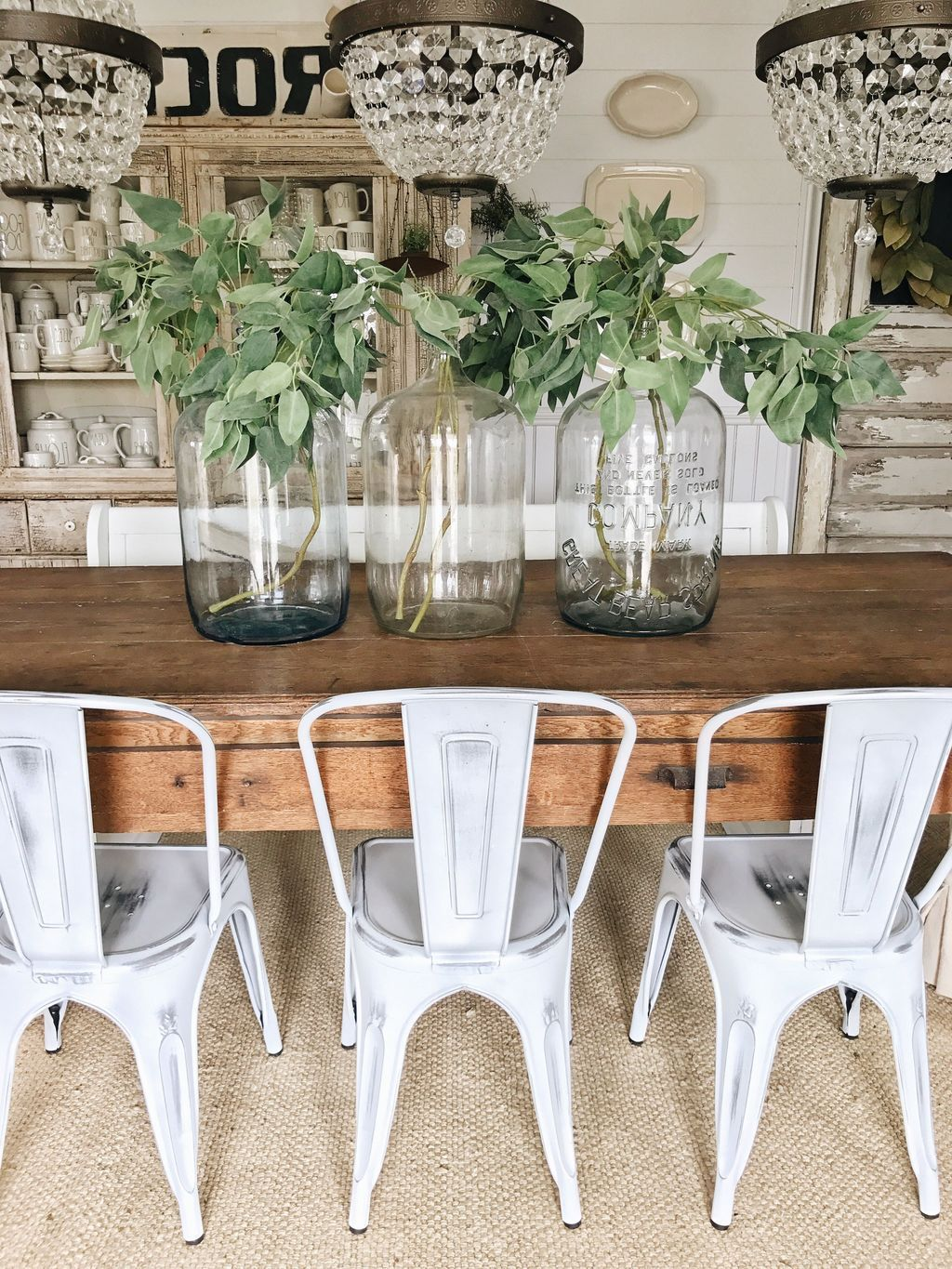 Awesome Spring Table Centerpieces With Farmhouse Style 08