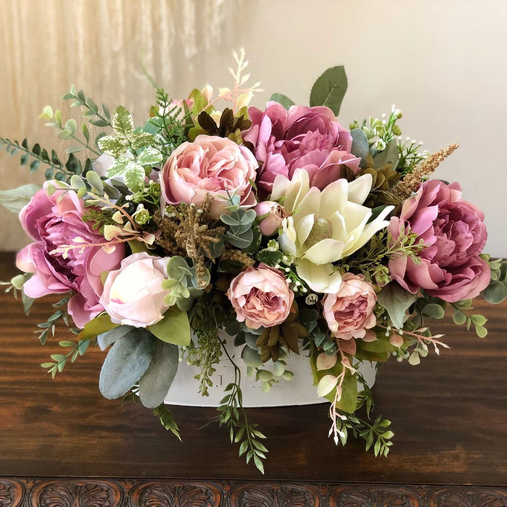 Beautiful Spring Floral Arrangements For Home Decoration 09