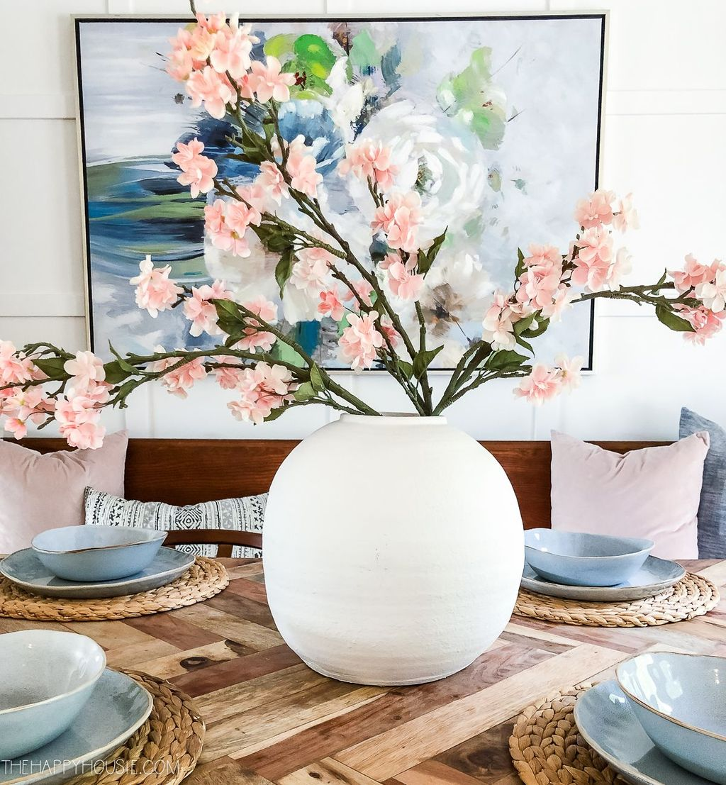 Beautiful Spring Floral Arrangements For Home Decoration 27