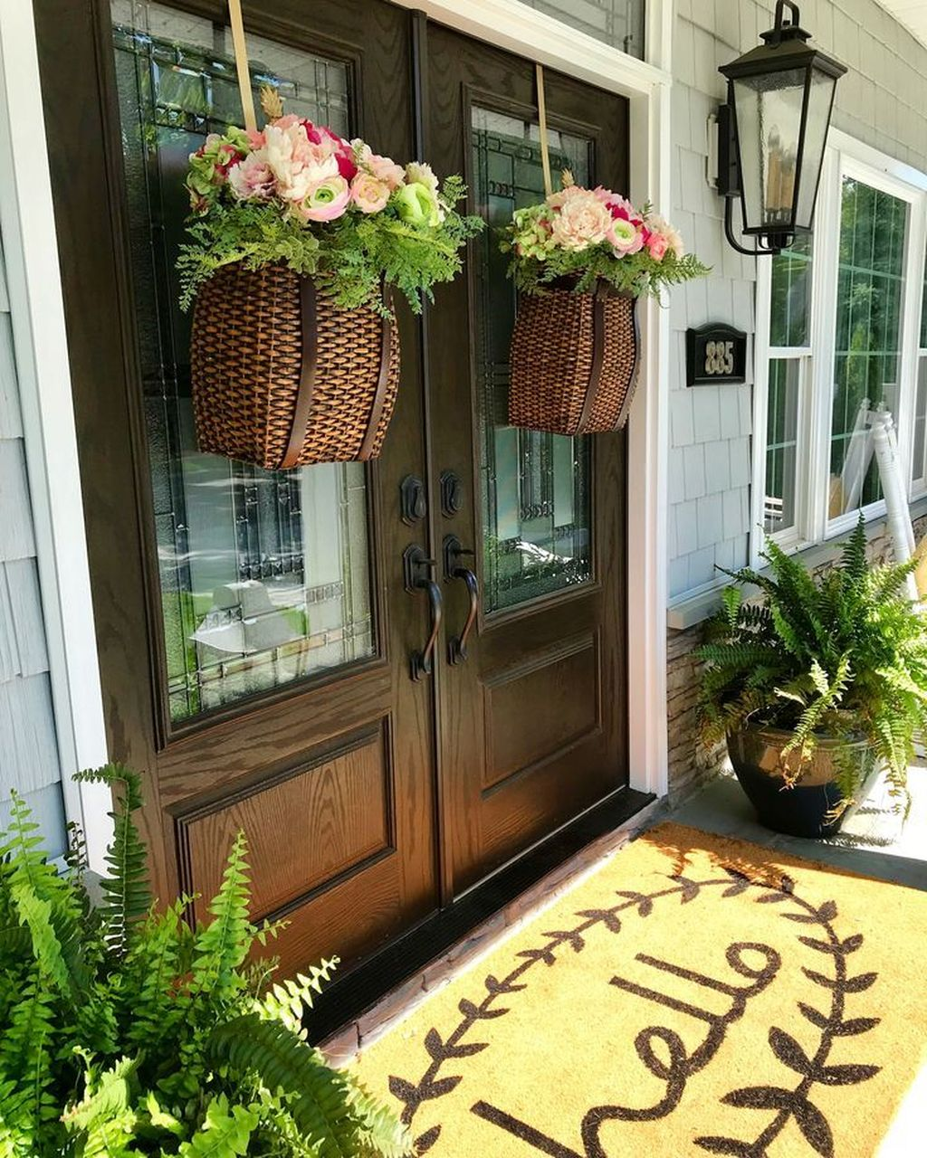 Beautiful Spring Outdoor Decor Ideas 07