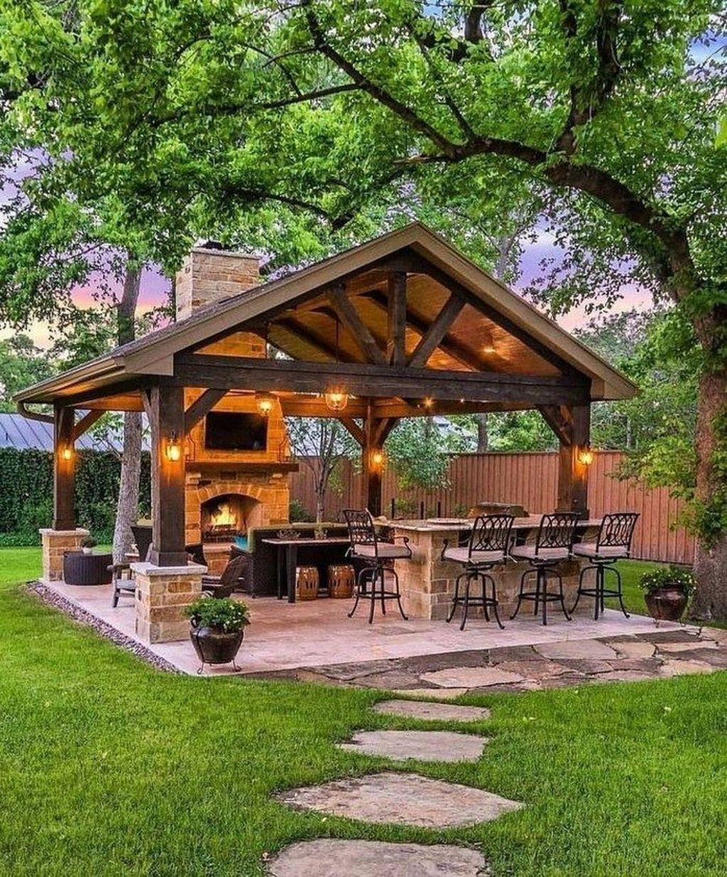 Fabulous Outdoor Kitchen Design Ideas 12