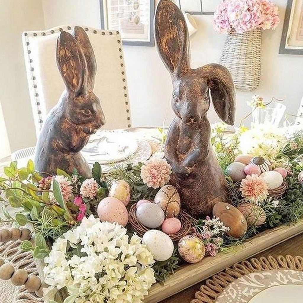 Inspiring Spring Table Centerpieces Best For Dining Room 28