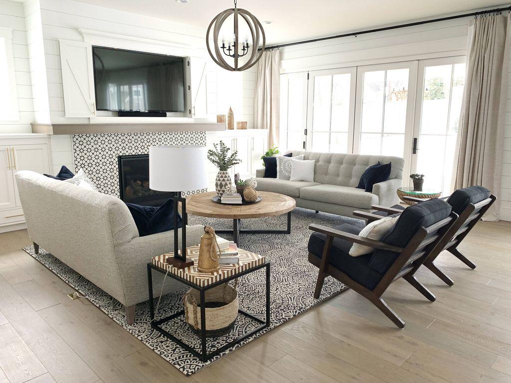 Lovely Modern Farmhouse Living Room Decor Ideas 15