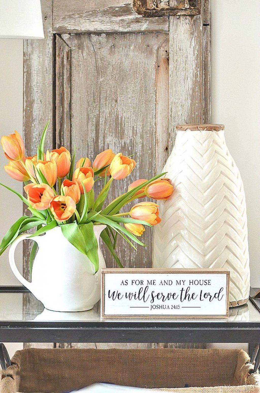 Perfect Farmhouse Spring Decor Ideas 33