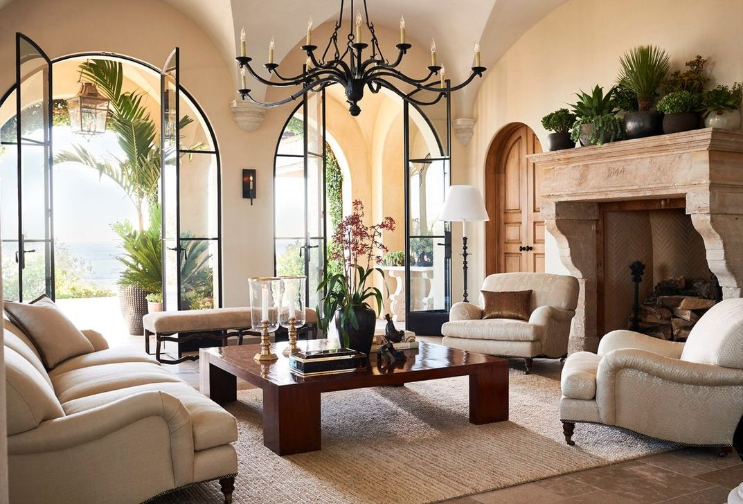 Popular Mediterranean Decor To Beautify Your Home 19