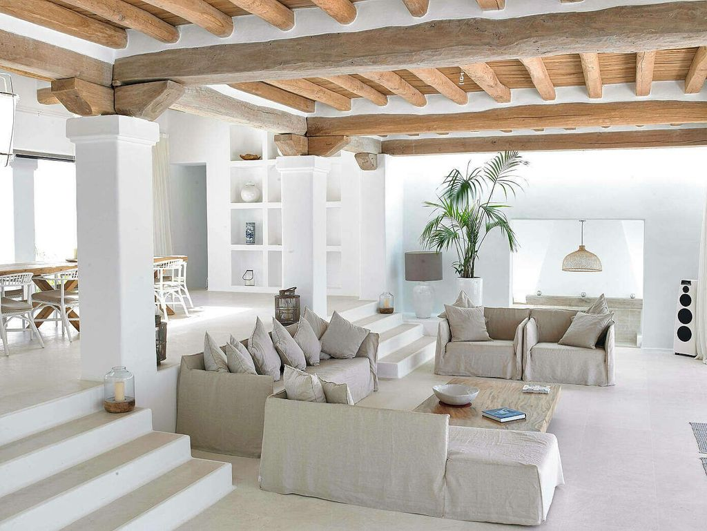 Popular Mediterranean Decor To Beautify Your Home 20