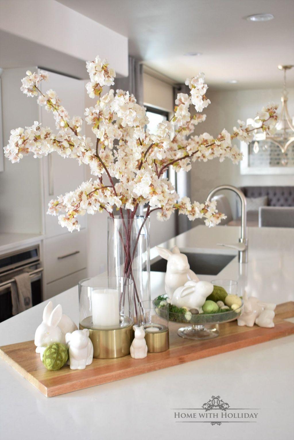 Stunning Apartment Spring Decor Ideas 25