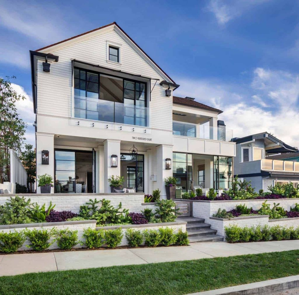 Admirable Beach House Exterior Design Ideas You Will Love 04