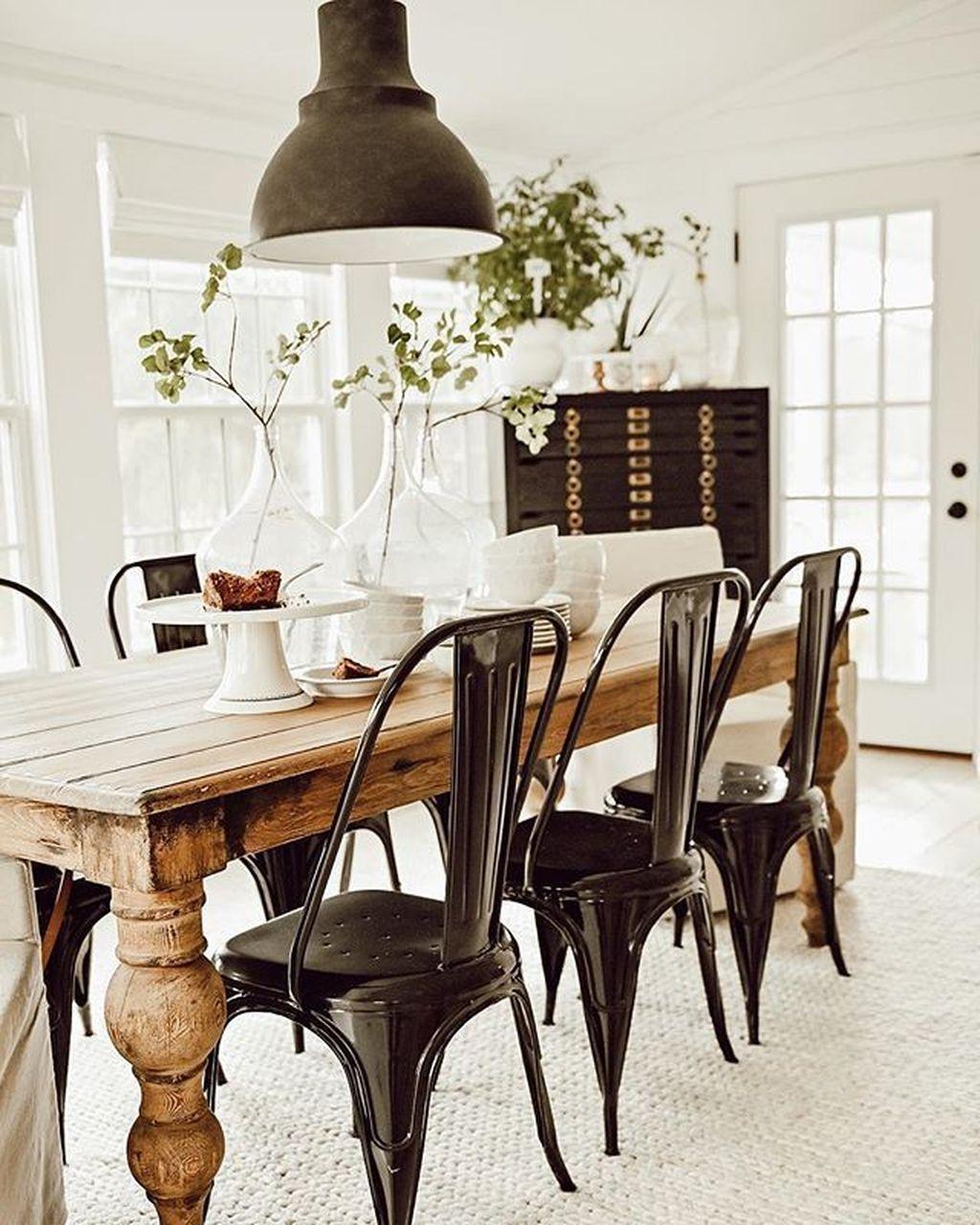 Amazing Farmhouse Dining Room Decor Ideas 16
