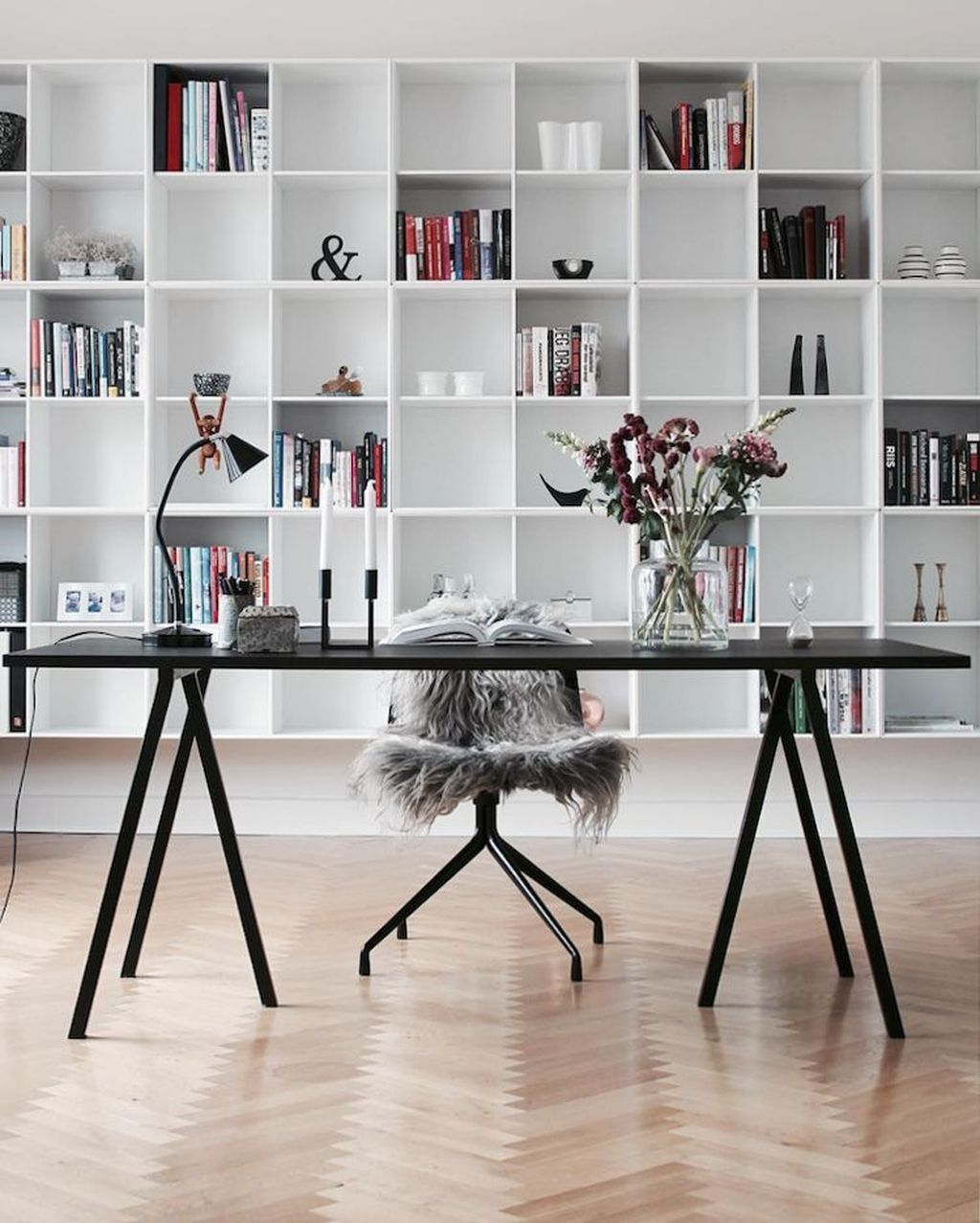 Awesome Scandinavian Home Office Design Ideas You Should Copy 02