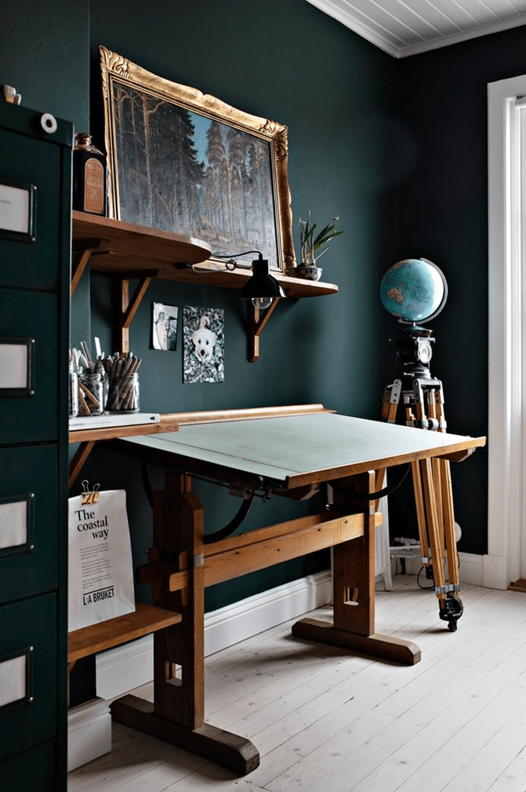 Awesome Scandinavian Home Office Design Ideas You Should Copy 29