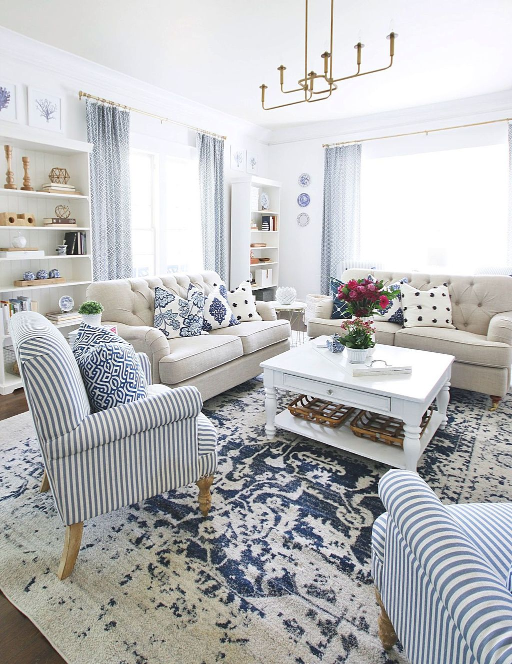 Beautiful Coastal Living Room Decor Ideas Best For This Summer 25